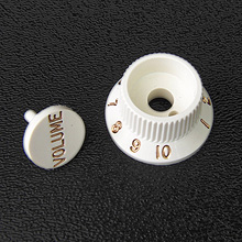 005-9267-049 / 005-9266-049 - Genuine Fender Parchment S-1 Volume / Switch Knob