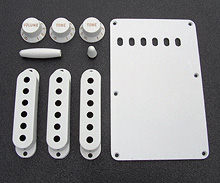 099-1362-000 0991362000 White Fender Stratocaster Accessory Kit