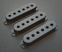 099-1364-000 Black Strat Pickup Cover Set