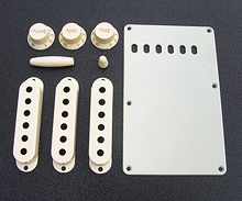 099-1368-000 0991368000 Aged White Fender Stratocaster Accessory Kit