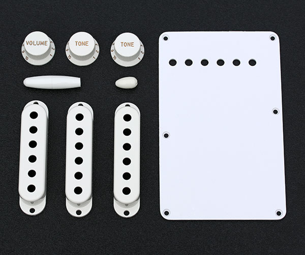 099-1396-000 Genuine Fender Stratocaster Pure Vintage 1954 White Accessory Kit