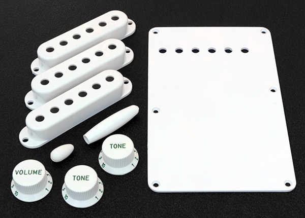 099-1396-000 0991396000 Fender Stratocaster Pure Vintage 1954 White Accessory Kit